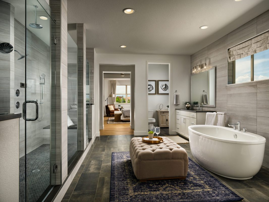 Epic Homes Anthem Pinnacle Master Bathroom | Parade of Homes