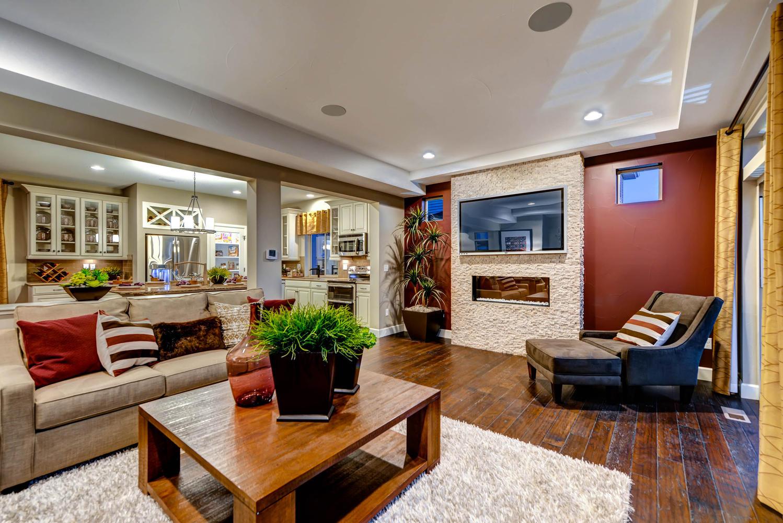 4514 Vindaloo Dr Castle Rock Large 006 Living Room 1499x1000 72dpi