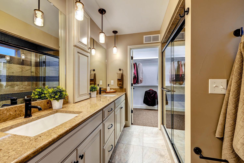 4514 Vindaloo Dr Castle Rock Large 016 2nd Floor Master Bathroom 1499x1000 72dpi