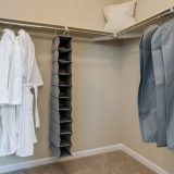 21 Master Suite Walk In Closet 1 1 1600x800