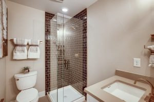 4041 W 16th Ave 2 Denver Co Web Quality 023 28 2nd Floor Bathroom