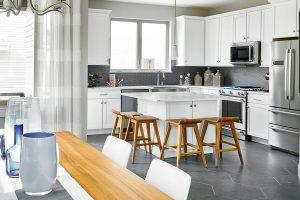 Kga Koelbel 4661 W 50th 08 17 18 Dining Kitchen Detail Web.900x600
