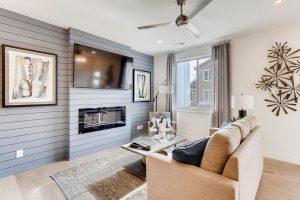780 Stonebridge Drive Longmont Large 005 010 Living Room 1500x998 72dpi