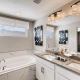 784 Stonebridge Drive Longmont Large 022 027 2nd Floor Master Bathroom 1500x1000 72dpi