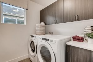 21511 E 60th Ave Aurora Co Large 035 025 2nd Floor Laundry Room 1500x1000 72dpi