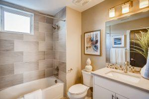6870 E Lowry Blvd Denver Co Web Quality 020 26 2nd Floor Bathroom