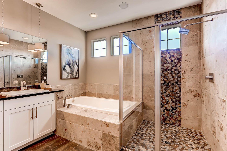 56 Pear Lake Way Erie Co 80516 Large 025 29 Master Bathroom 1500x1000 72dpi
